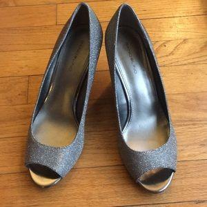 Bandolino wedge shoe